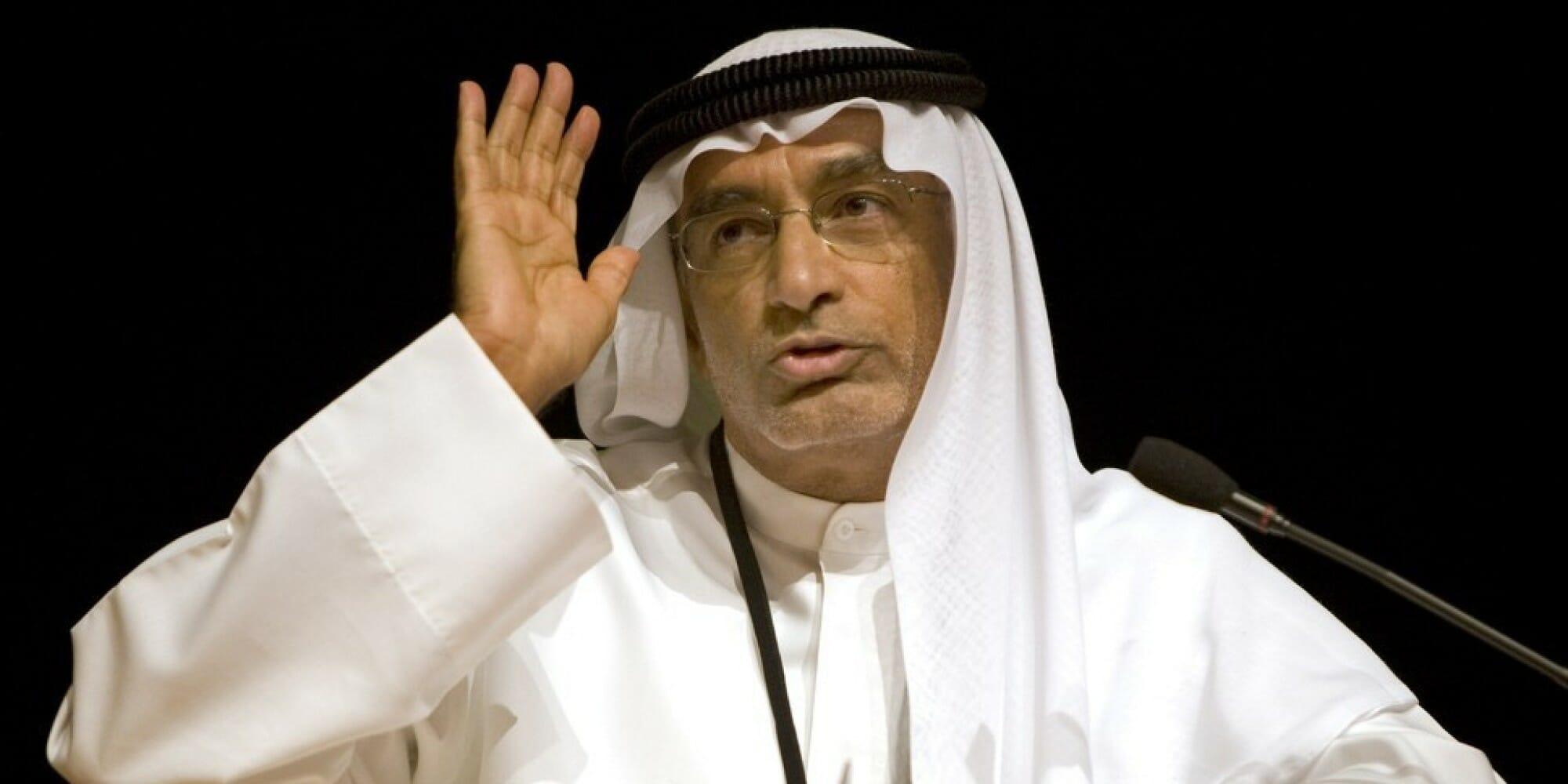 عبدالخالق عبدالله يعلق على علم المثليين