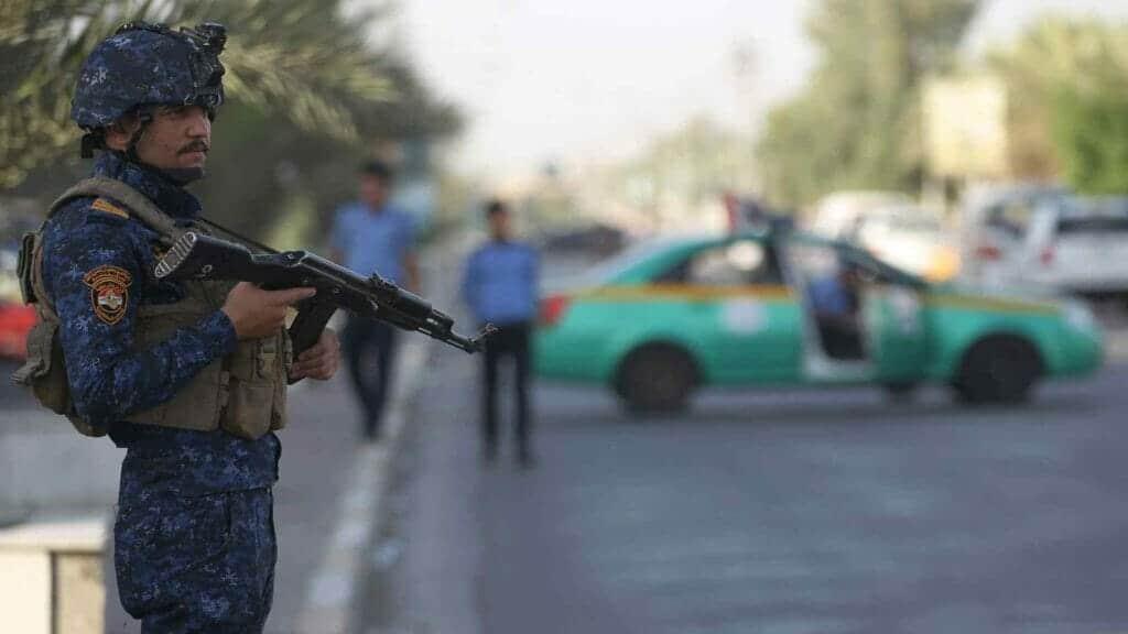 عراقي يقتل أطفاله الثلاثة