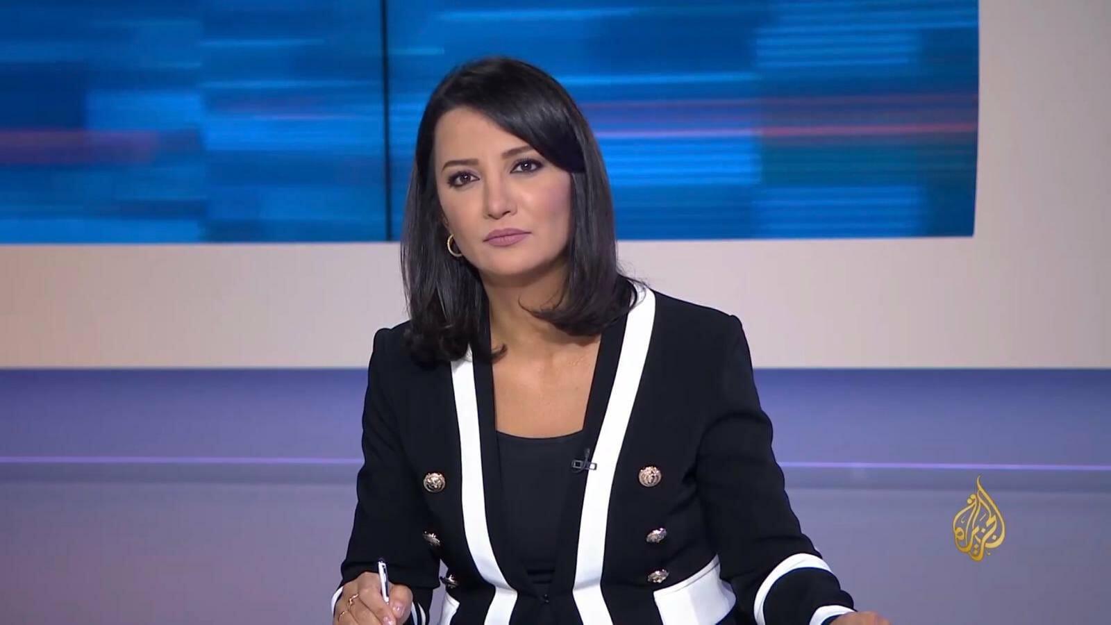 غادة عويس تؤكد أنها ضحية البرامج التجسسية