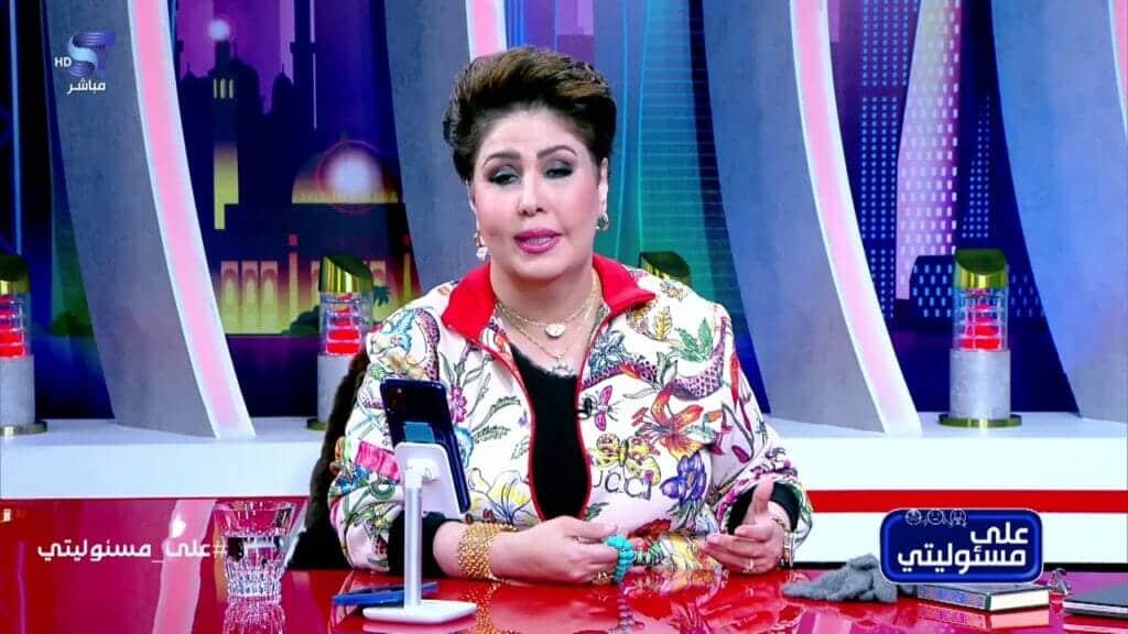 """فجر السعيد تقرر مغادرة قناة """"سكوب"""" ووقف برنامجها """"علي مسؤوليتي"""" وتثير سخرية الكويتيين"""