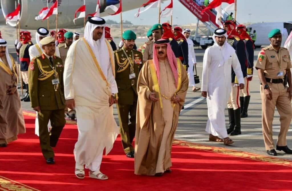 ميدل إيست آي يكشف سر التردد البحريني في المصالحة مع قطر