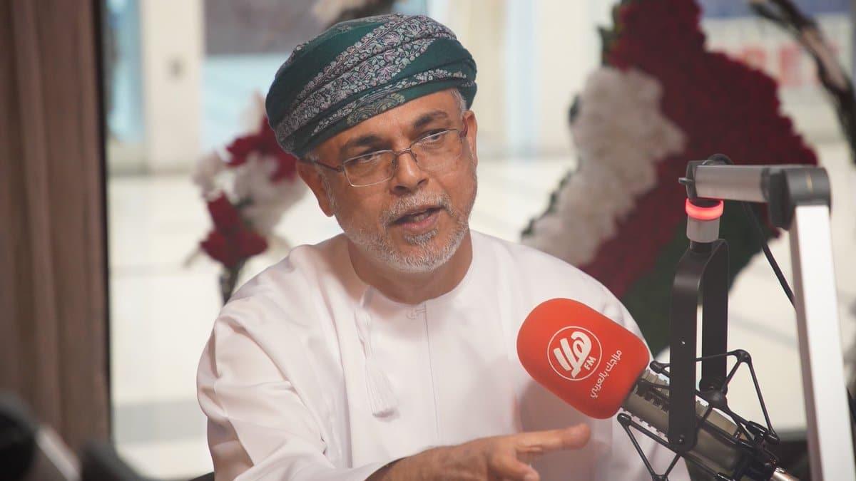 أنور الرواس يوجه رسالة للحكومة العمانية