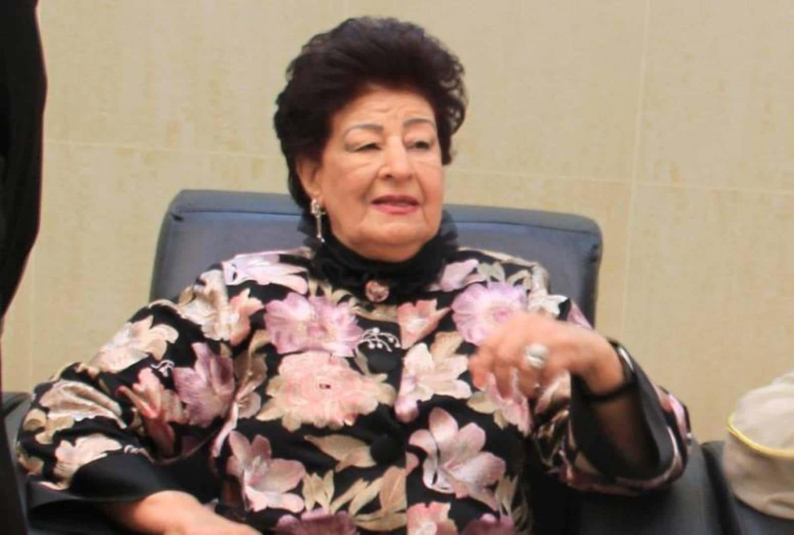 """قلق في الكويت لما حدث مع """"ماما أنيسة"""" بعد وعكة صحية وهذه اخر تطورات حالتها"""
