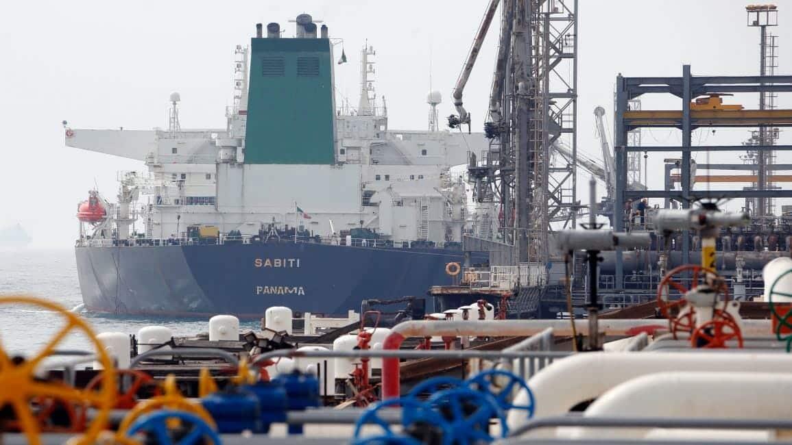 الامارات ساعدت ايران في تهريب النفط للصين