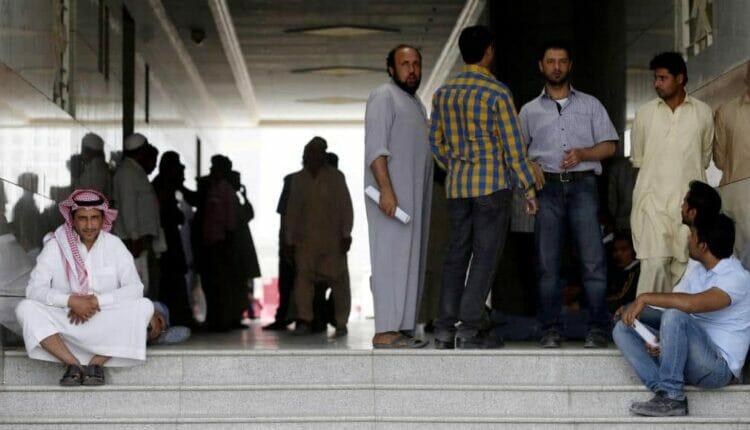 السعودية تفرض شروطاً تعجيزية لعمل المصريين