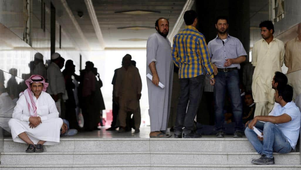 السعودية تفرض شروطاً تعجيزية لعمل المصريين على أراضيها .. تعرّفوا عليها