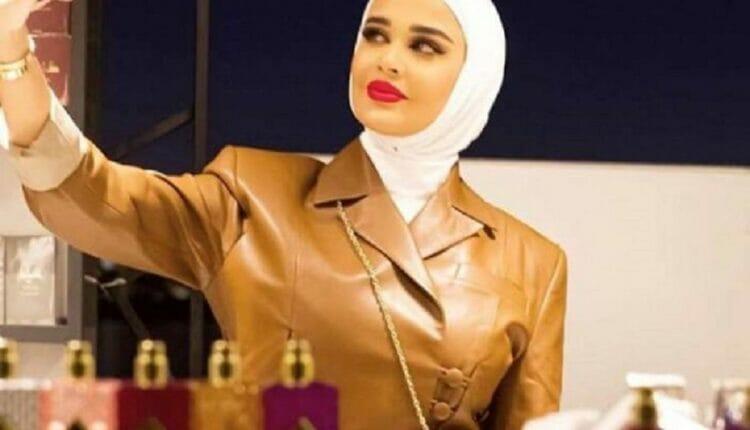 الفاشنيستا الكويتية مريم رضا حاول والدها تهريب ذهبها لدبي