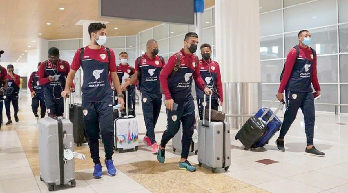 إعلامي عماني ينتقد المسؤولين بسبب إرسالهم المنتخب الوطني إلى دبي.. كيف تفكرون؟!