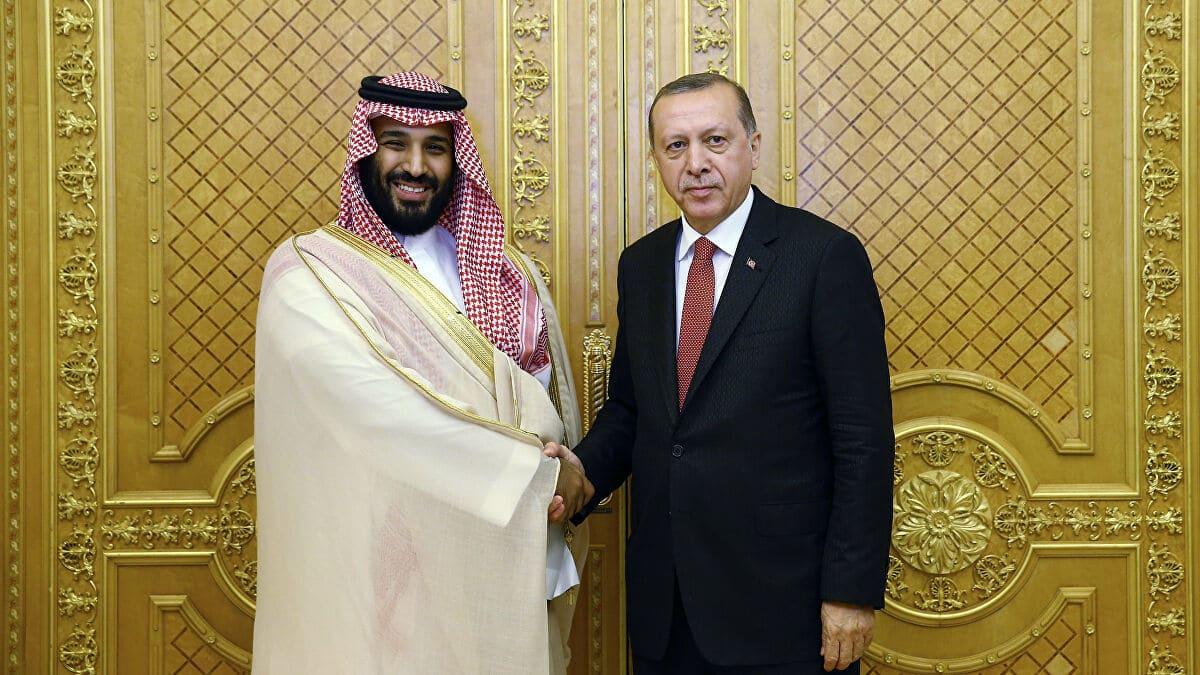 السعودية لن تجرؤ على طلب مساعدة تركيا في قتال الحوثيين.. كاتب يمني يكشف التفاصيل