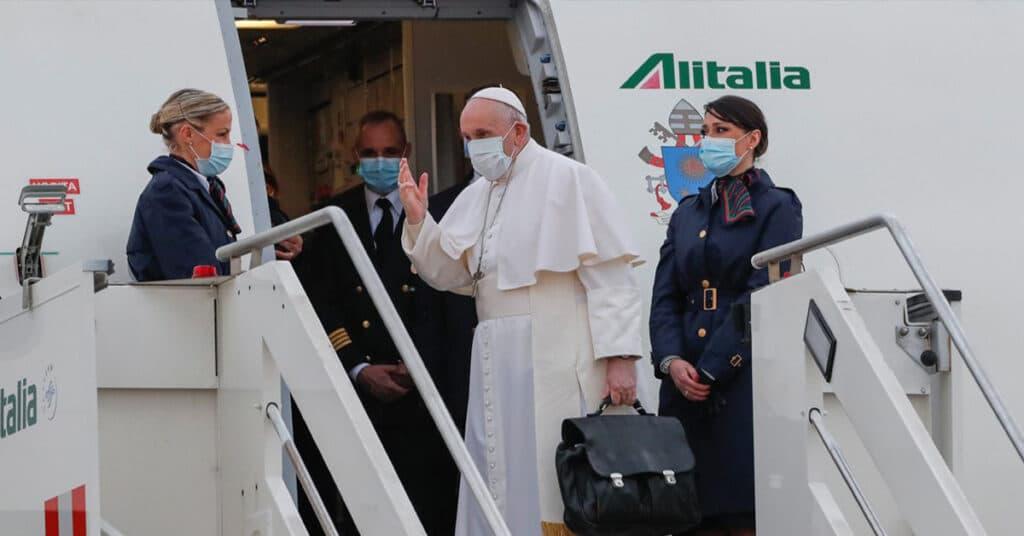حقيبة البابا فرانسيس التي يحملها معه الى العراق