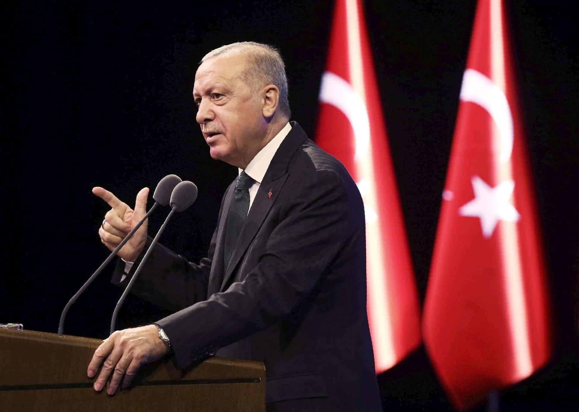 """هذا ما طلبه محمد بن سلمان من تركيا ووصفه أردوغان بأنه أمر """"غريب ومحير""""!"""