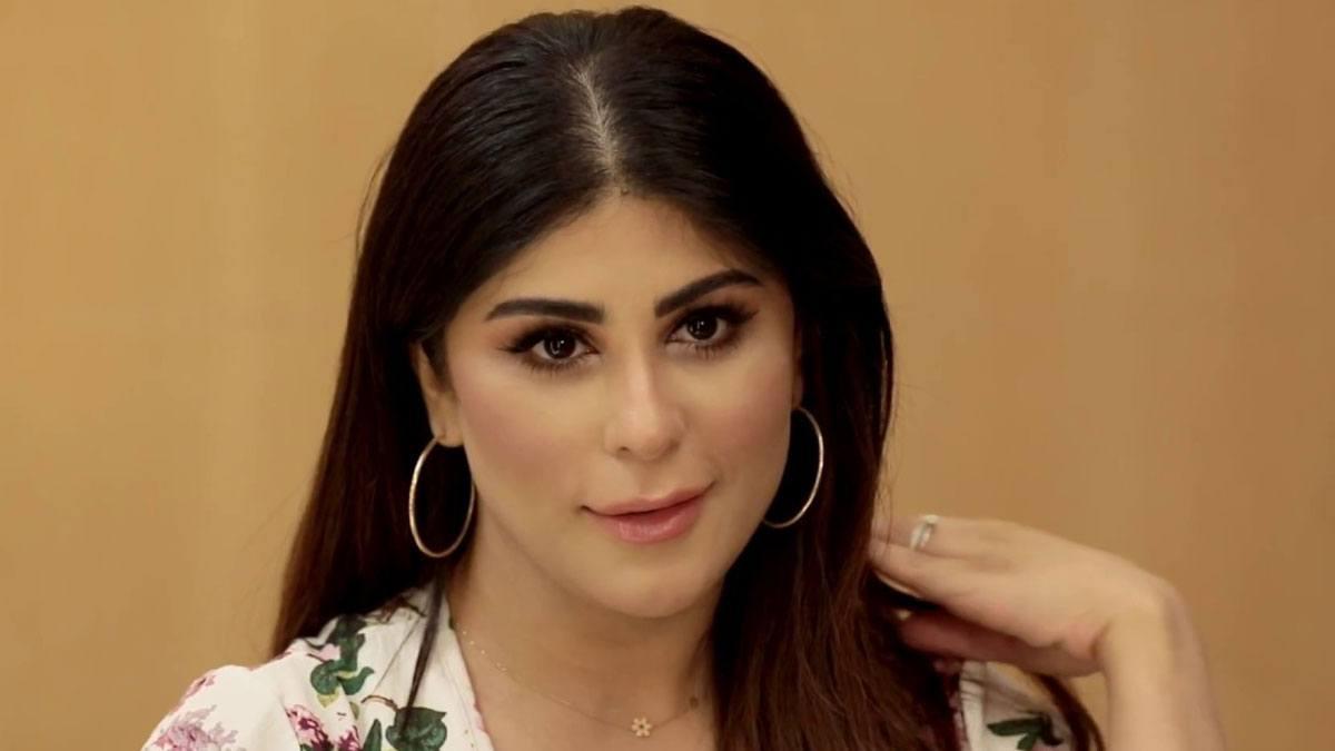 بعد شهر من زواجها.. الفنانة العمانية زارا البلوشي تعلن انفصالها عن زوجها!