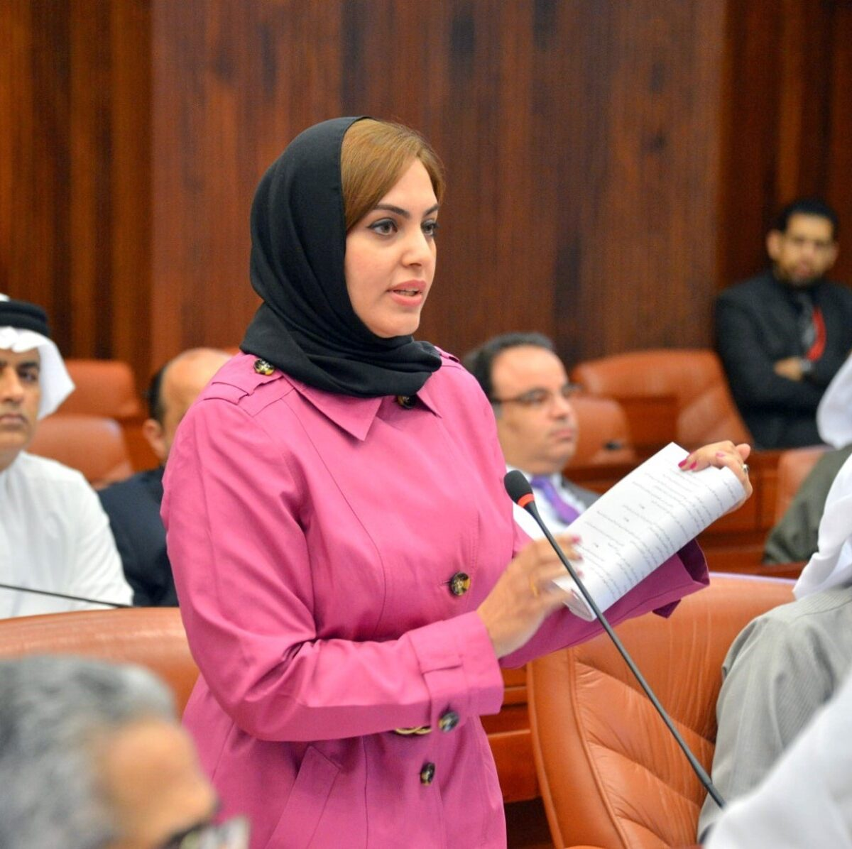 النائبة البحرينية زينب عبد الأمير