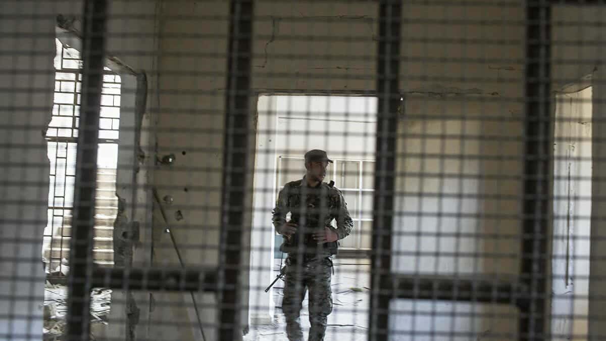 معتقلي الرأي في سجن الحائر يضربون عن الطعام