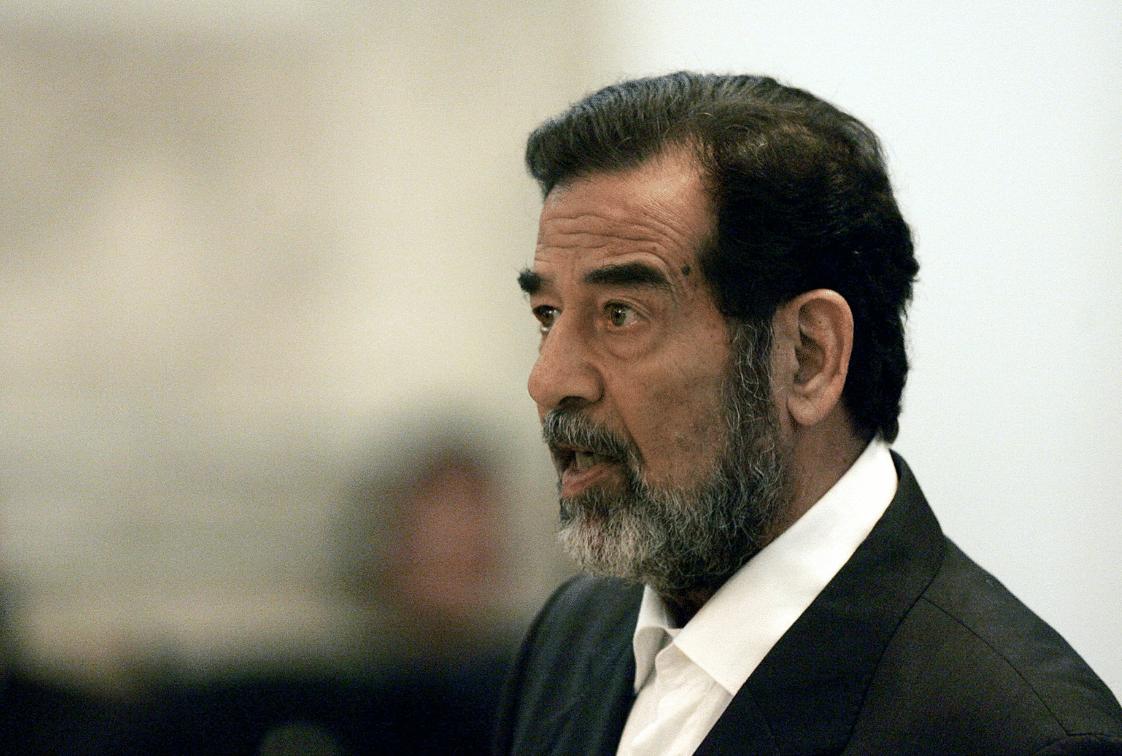 إعلامية كويتية تثير الجدل وتحمل صدام حسين مسؤولية سوء الأحوال الجوية في الكويت
