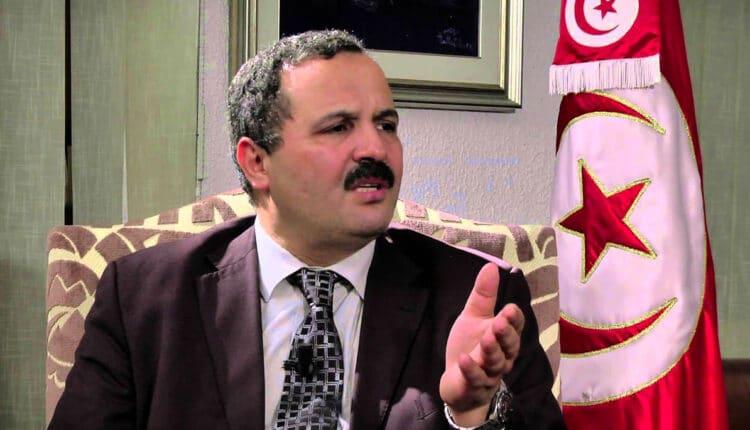 عبد اللطيف المكي يدعو لاعادة لقاحات الامارات