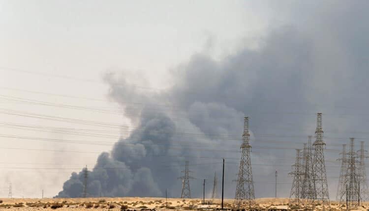 الحوثيون يقصفون ارامكو ومواقع حيوية اخرى ويتوعدون بالمزيد