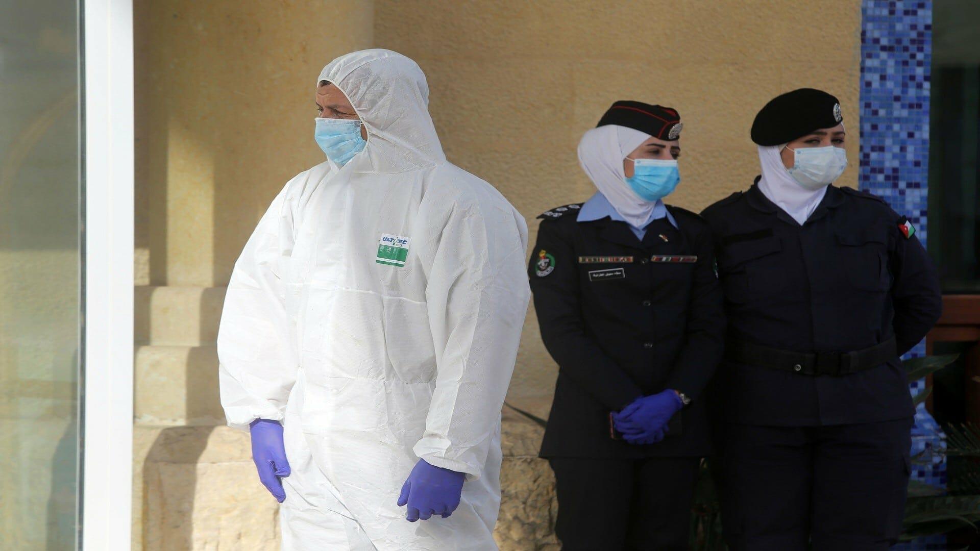 الأردن يسجل أعلى نسبة وفيات بفيروس كورونا منذ بداية الجائحة والاحتجاجات تهدأ حدتها