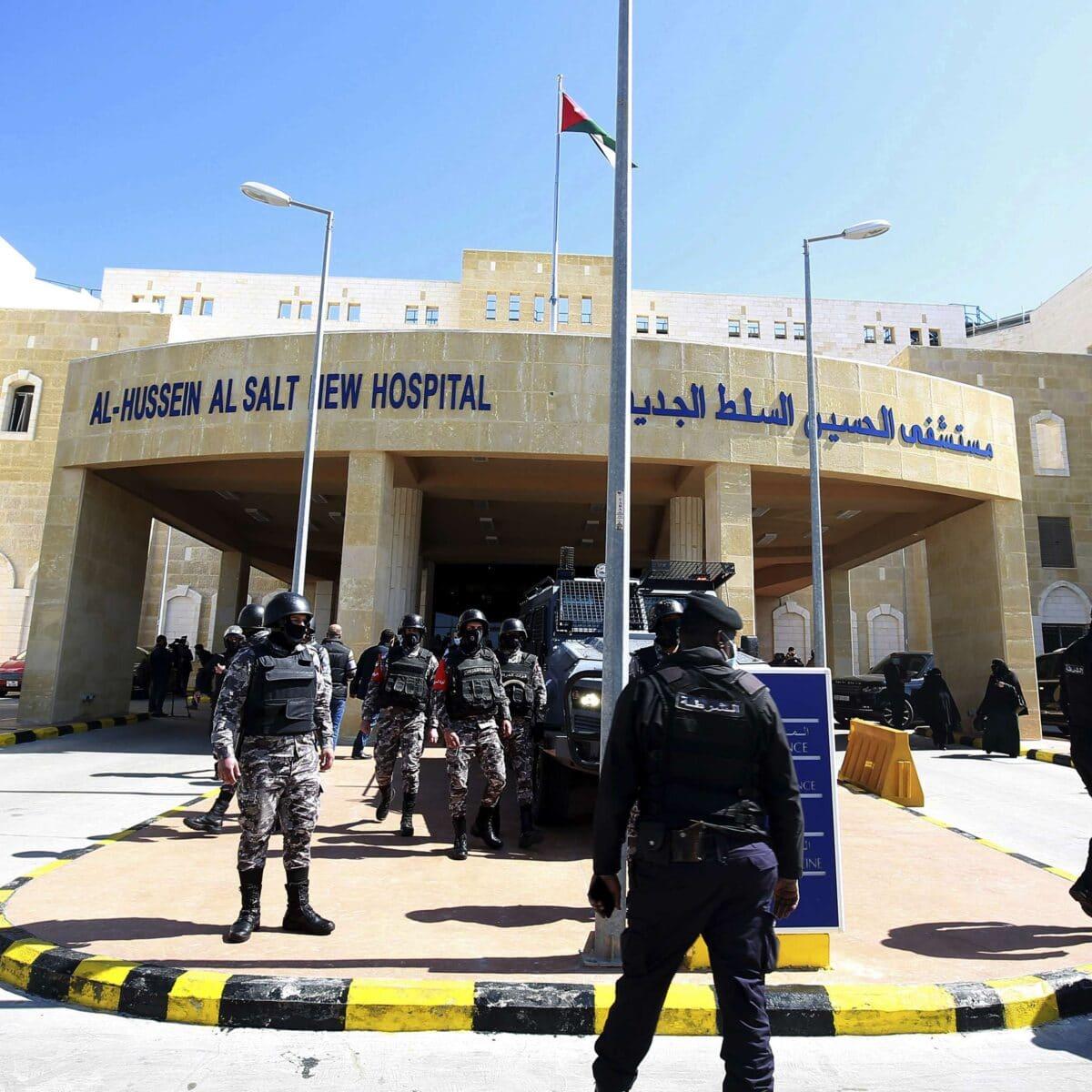 طبيب أردني يفجر مفاجأة حول حدث مستشفى السلط الحكومي