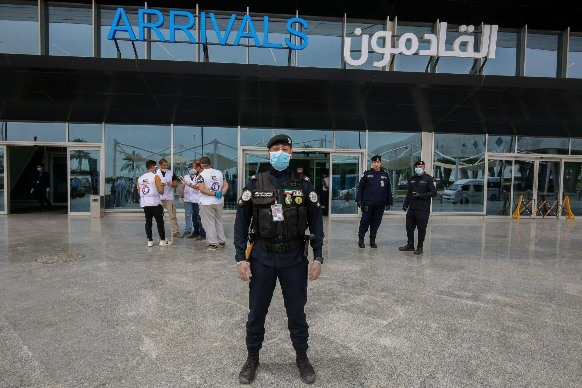 الكويت تعلن هذا القرار العاجل بشأن القادمين من سلطنة عمان وقطر