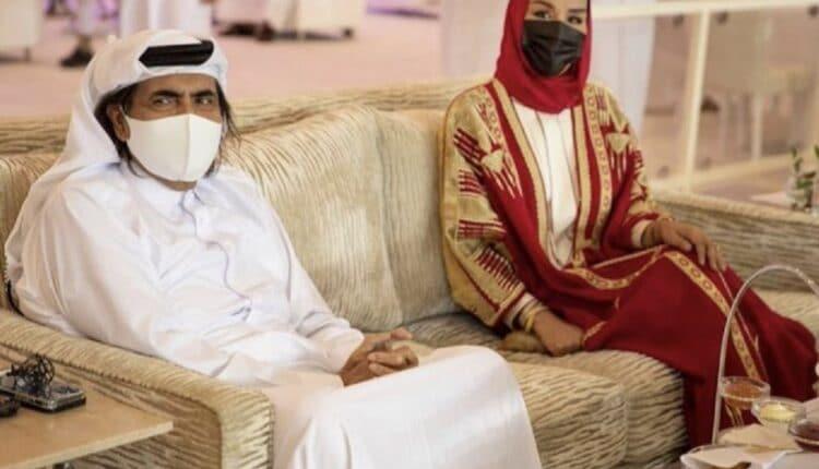 أمير قطر الوالد والشيخة موزا