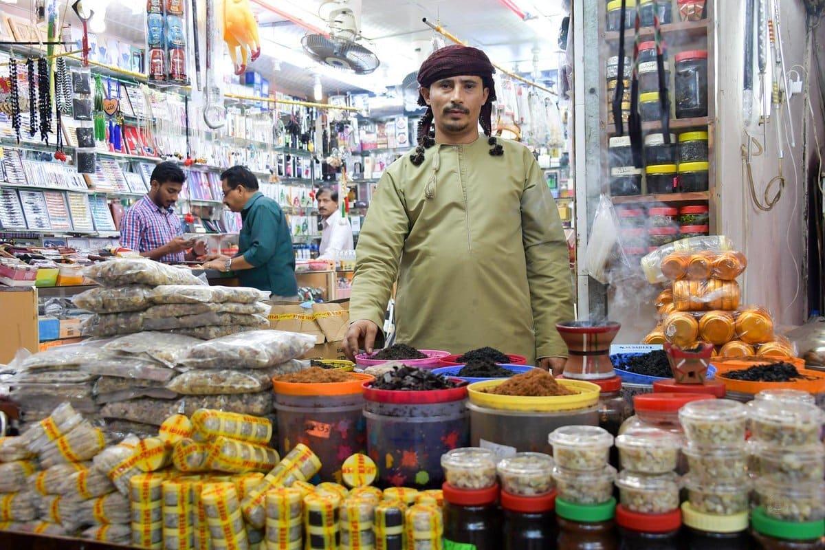 """توقيت تطبيق القيمة المضافة في سلطنة عمان """"ليس الوقت الأمثل"""""""