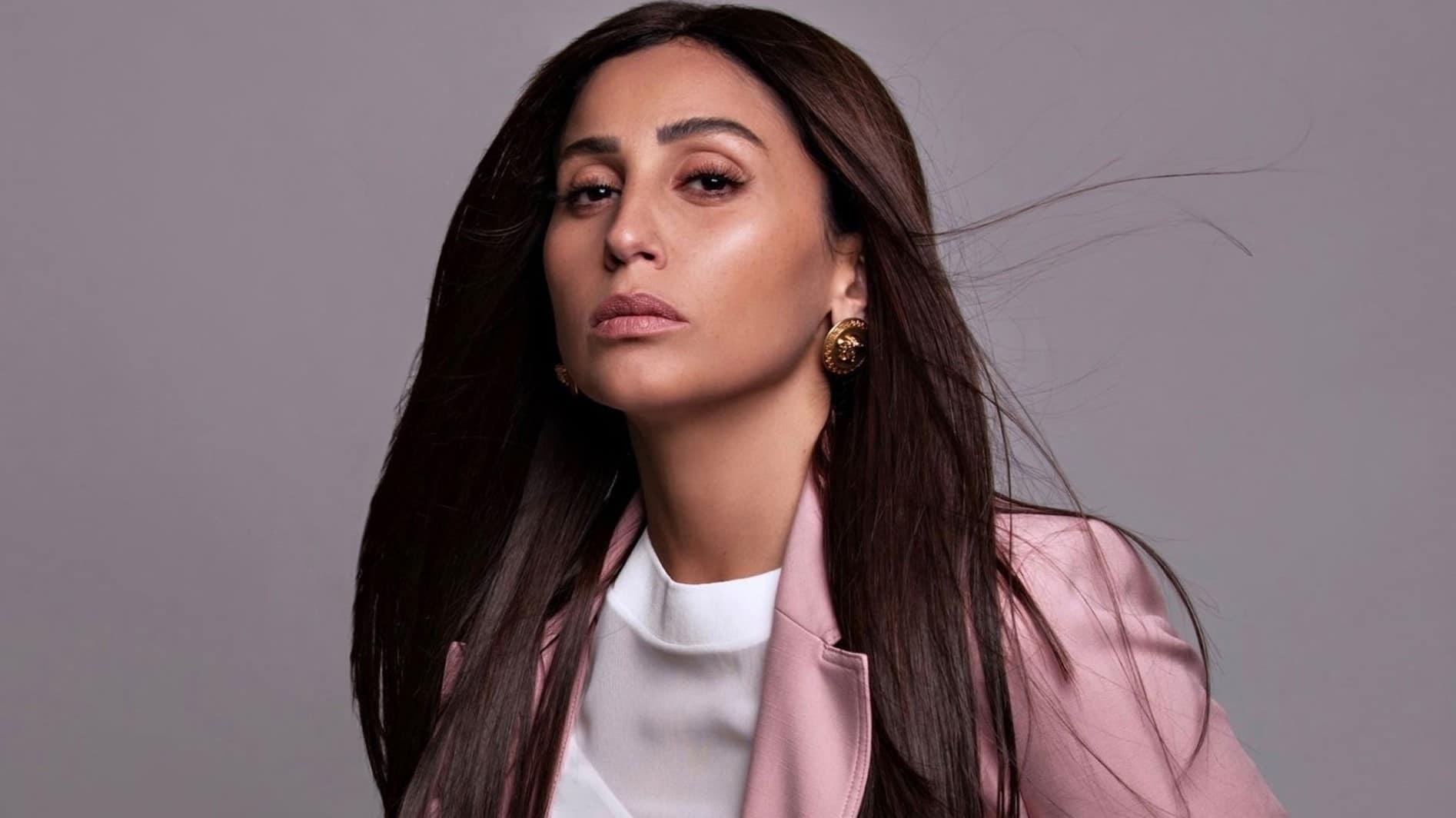تقارير تتحدث عن علاقة دينا الشربيني بنجم عربي بعد انفصالها عن عمرو دياب