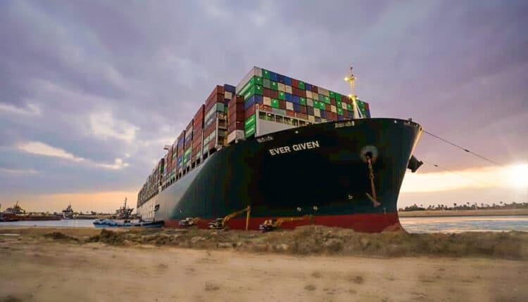 الشركة المالكة لسفينة إيفر غيفن تقول انها لم تتلق طلبات بالتعويض عن الأضرار التي سببها الإغلاق