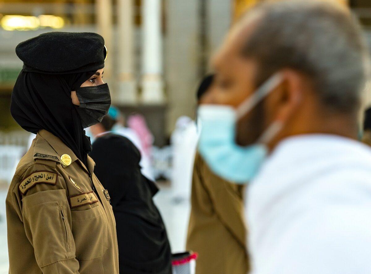 الشرطية السعودية عهود في الحرم المكي