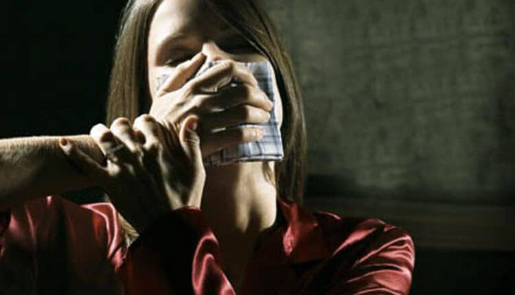 ضحية اغتصاب فندق فيرمونت الفنانة ياسمين تخرج عن صمتها