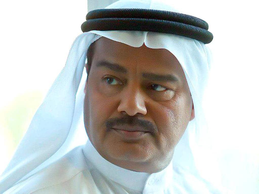 """عبدالرحمن العقل يكشف لأول مرة ما فعلته به """"جاسوسة الفنانين"""" خلال غزو الكويت!"""