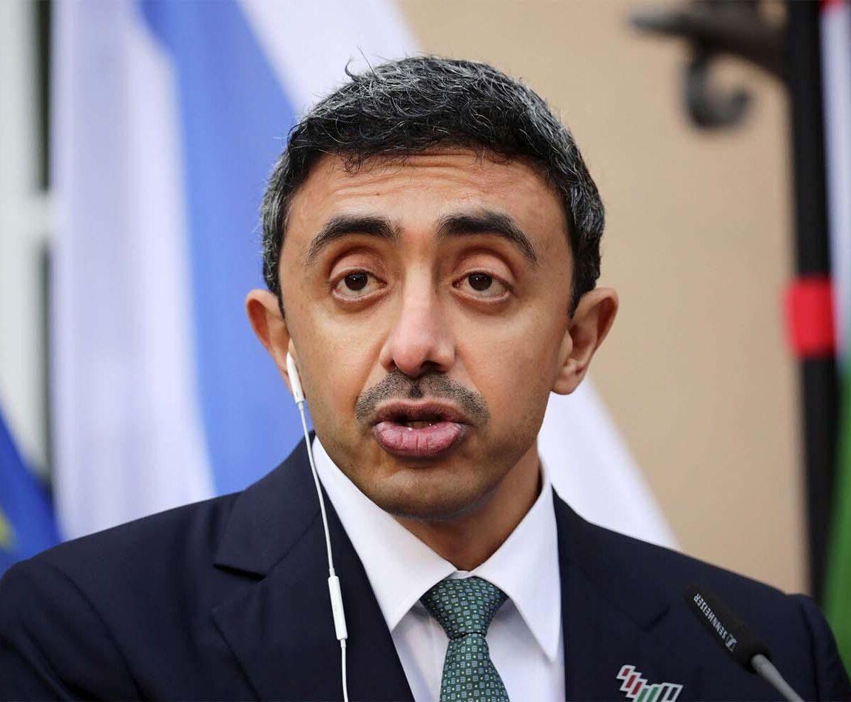 عبدالله بن زايد استقبل مبعوث وزير الخارجية الإسرائيلي الخاص إلى دول الخليج وتحدث باسم تلك الدول