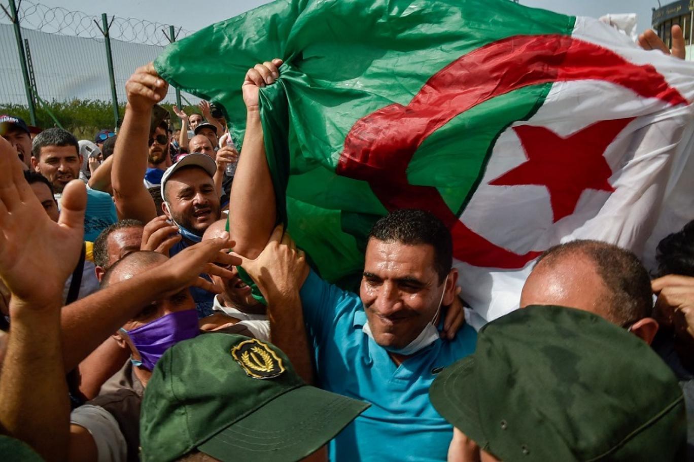 اعتقال كريم طابو في الجزائر