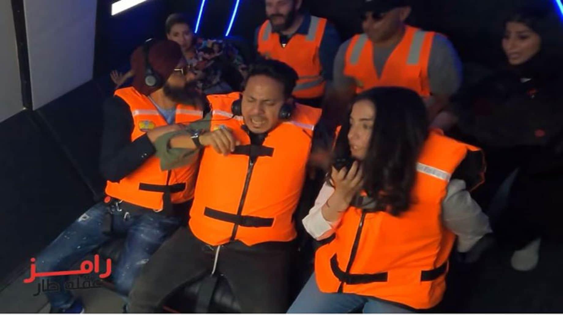 """انهيار كريم عفيفي في كبسولة """"رامز عقله طار"""".. شاهد فيديو الحلقة الـ 16"""