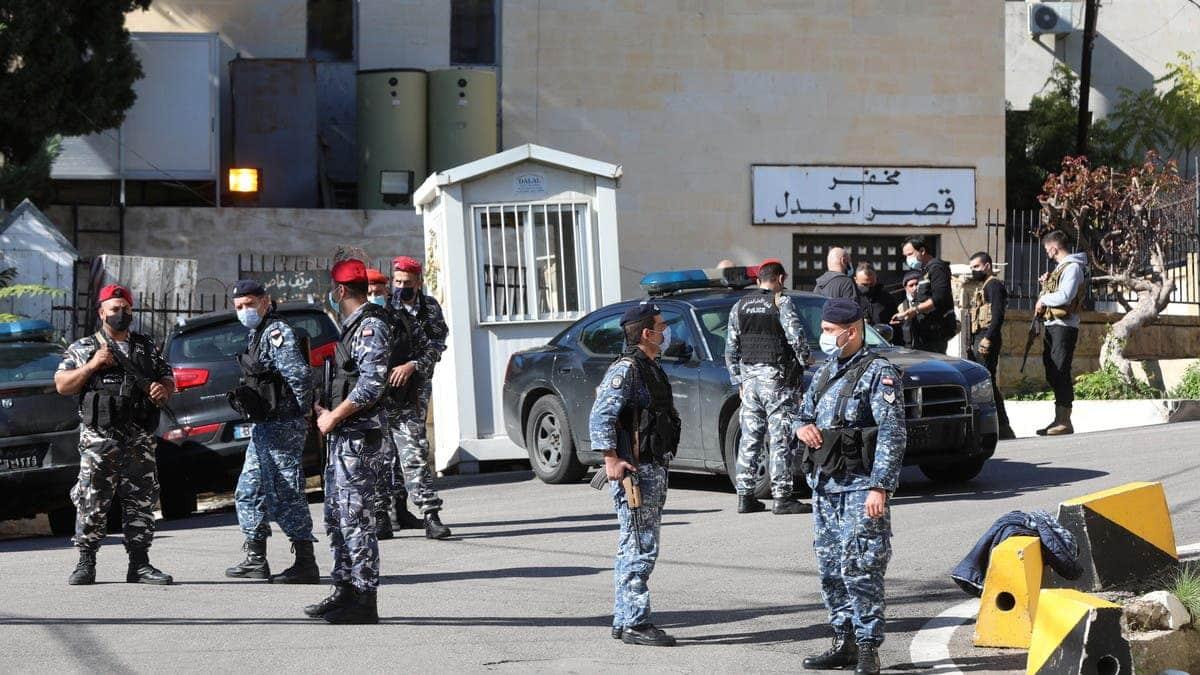 جريمة بشعة في لبنان.. العثور على أجزاء بشرية مقطعة لسيدة داخل حقيبة