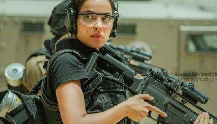 نادين نجيم تطلق الرصاص أمام قوى الأمن خلال التدريب لمسلسل 2020