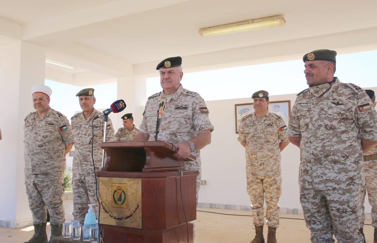 """رئيس هيئة الأركان الأردني يبعث برسالة جديدة """"شديدة اللهجة"""" في ظل حالة التوتر بالمملكة"""