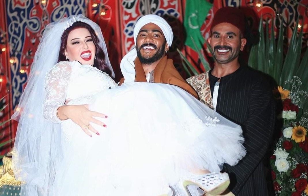أحمد سعد مع طليقته سمية الخشاب في زفافها على محمد رمضان بمسلسل موسى