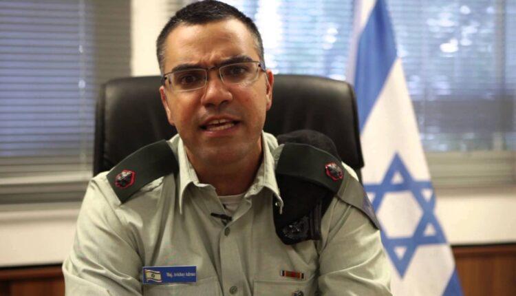 أفيخاي أدرعي يثير السخرية بعد الغارات على غزة