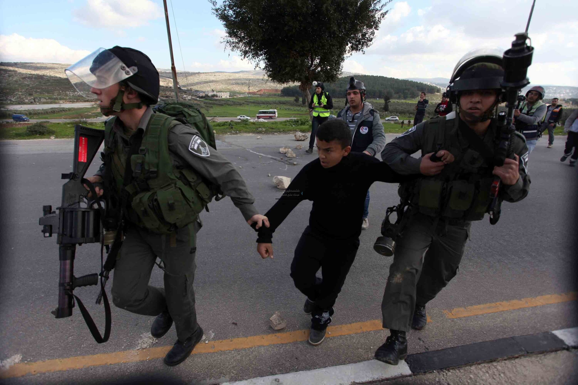 هكذا انتقمت إسرائيل من المشاركين في نصرة القدس وغزة بعدما اقتحمت عليهم منازلهم