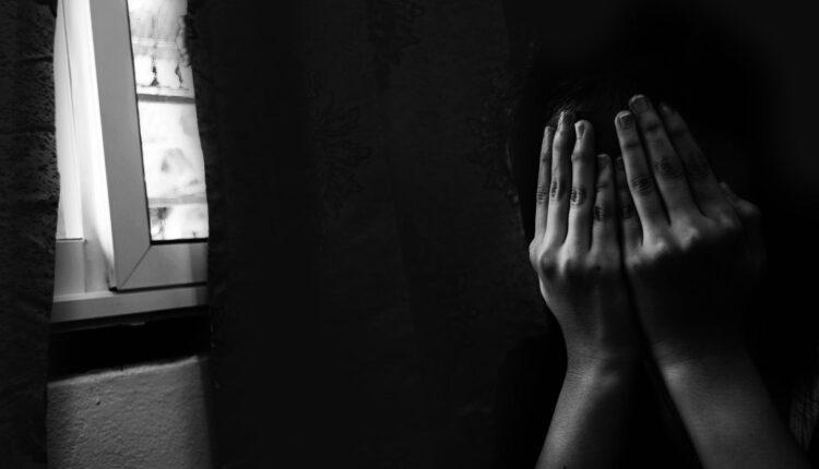اتهام أب في أمريكا بتخدير واغتصاب صديقات ابنته المراهقات