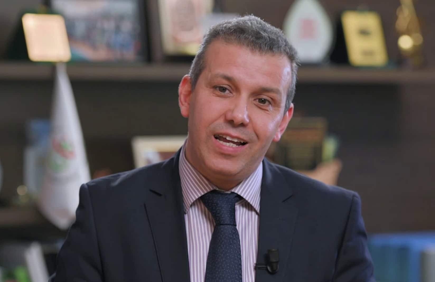 ما وراء الكواليس في الإطاحة بمدير التلفزيون الجزائري من منصبه وعلاقة ابن زايد بالأمر