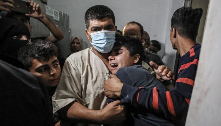 11 طفلا يتلقون دعما نفسيا استشهدوا في غزة