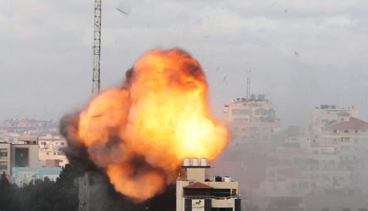 قيادي في حماس يكشف سبب فشل التهدئة في غزة