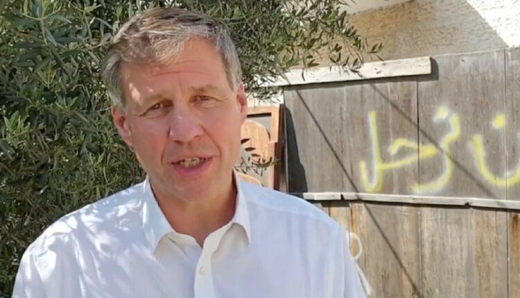 القنصل البريطاني في القدس يتحدث عن معاناة اهالي الشيخ جراح