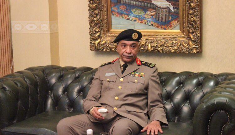 اللواء منصور بن سلطان التركي في سجن الملز واصيب بفشل كلوي