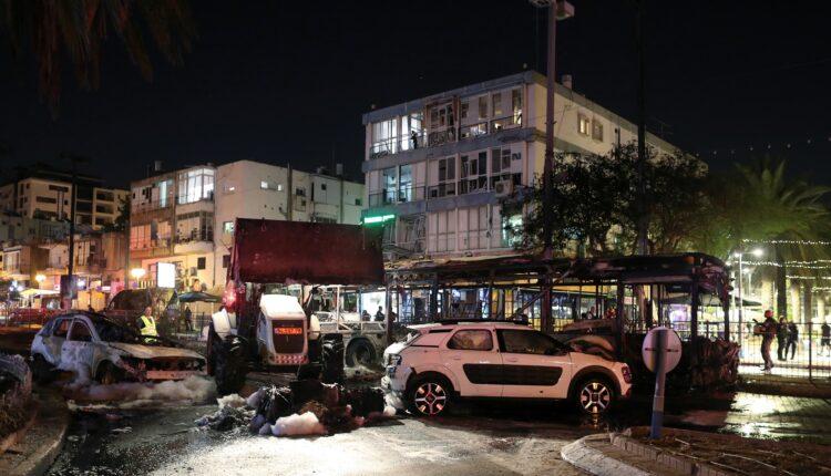 إسرائيل.. آثار الدمار في تل أبيب