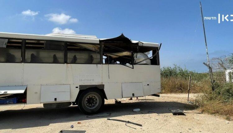 القسام تستهدف حافلة إسرائيلية في زيكيم