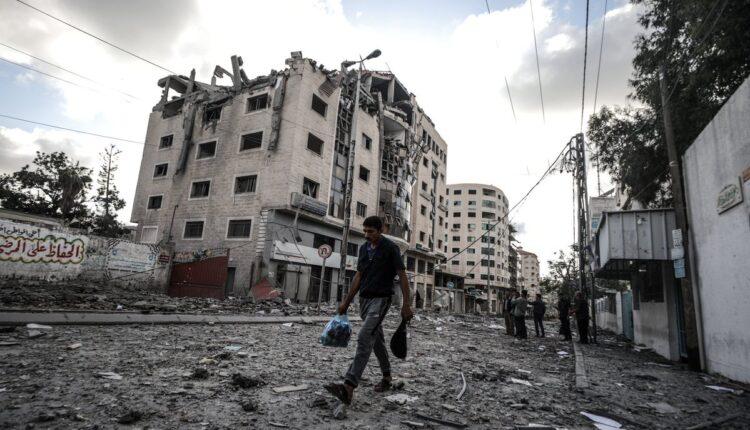 خطة واسعة لضرب حي الرمال بغزة والبحث عن يحيى السنوار ومحمد الضيف