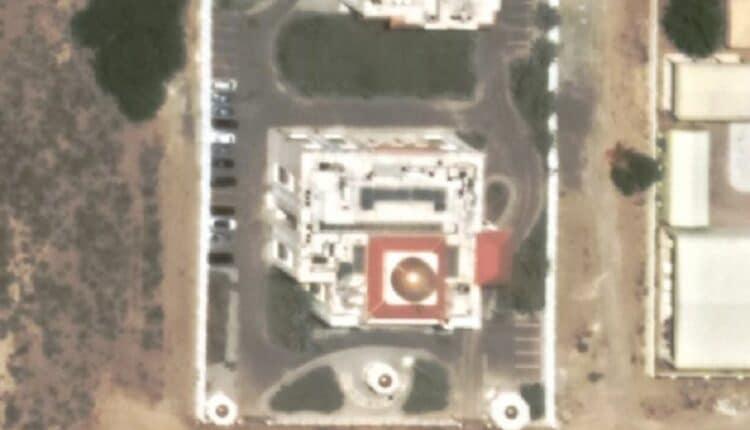 ما حقيقة وجود سفارة إسرائيل في سلطنة عمان